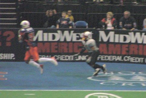 Dana Overton catches the game-winner